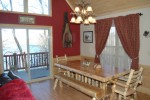 Cabin at the lake dining room med